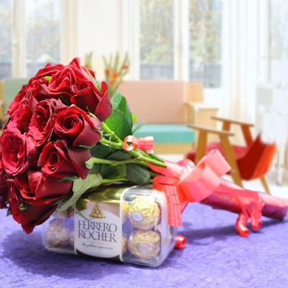 A Beautiful Surprise Valentine Gift Package Send To Sri Lanka Lakwimana