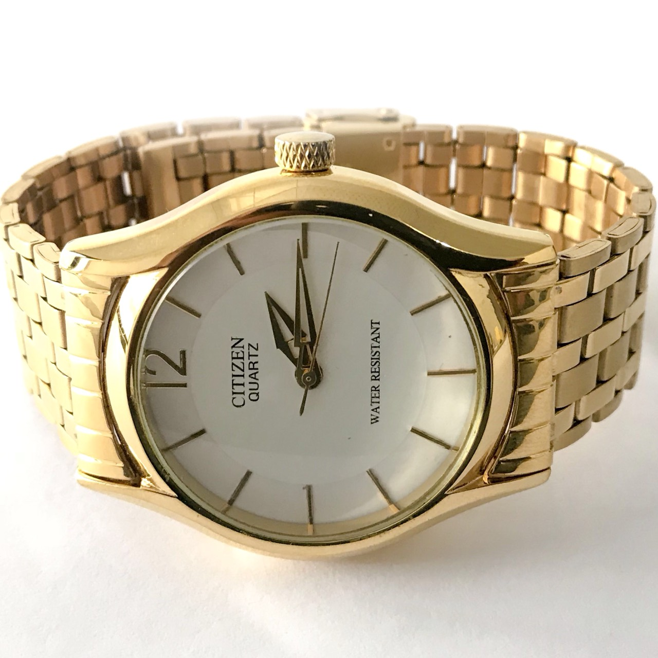 CITIZEN GOLD COLOR WATCH