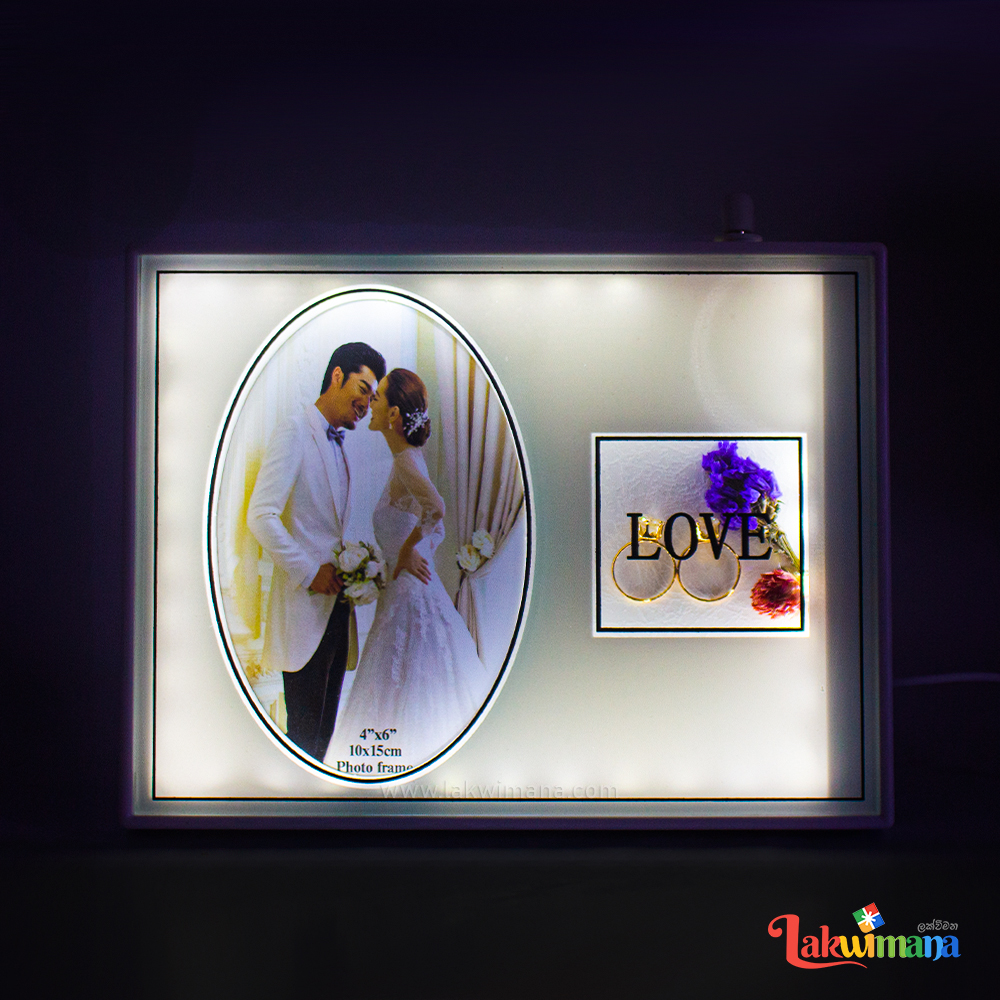 Lovely Photo Frame with Rings