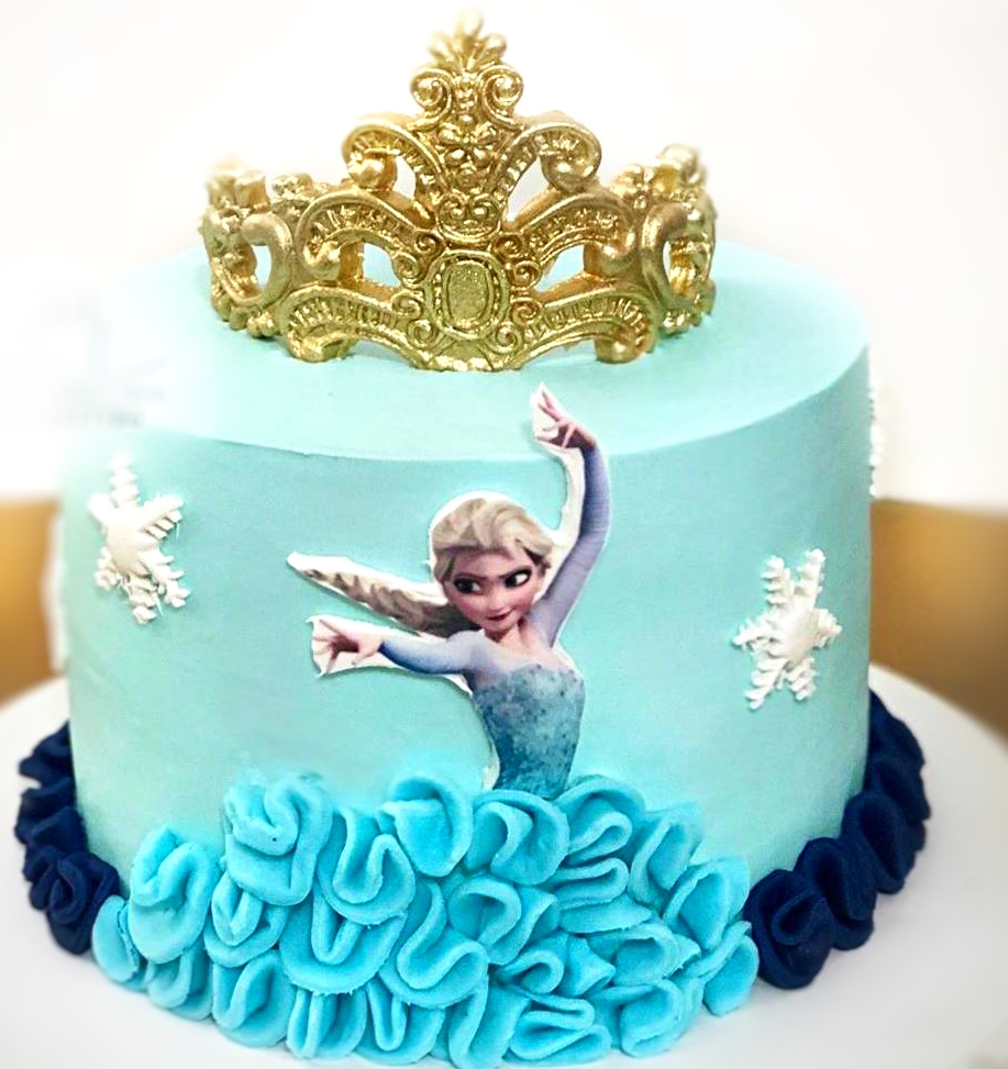 Frozen Crown Cake