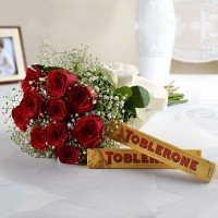 10 Red Roses With Toblerone