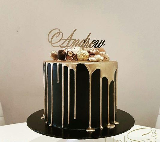 Black And Gold Drip Cake 2Kg