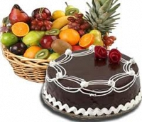 Fruits And cake