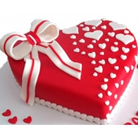 Romantic Heart Birtday Cake 1.5kg