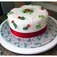 Holly & Berries Cake - 1Kg