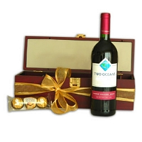 Red Wine Indulgence Gift Box