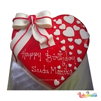 Romantic Heart Birthday Cake