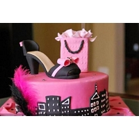 Most Fashionable Design Cake 1.5KG